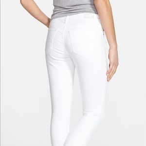 """A.G. 'The Legging Ankle"""" skinny jean in white."""